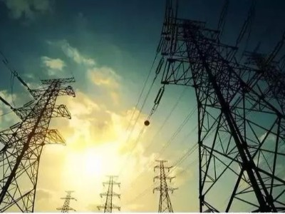 你知道高压电线为什么都是三根线吗?