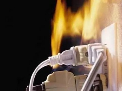 吓人!家中小电线如何引发大火灾?看实验!